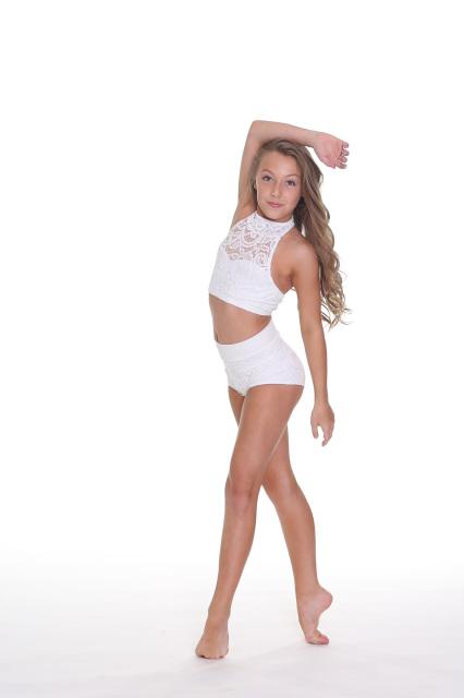 Awkward teen haley dancing 2 9